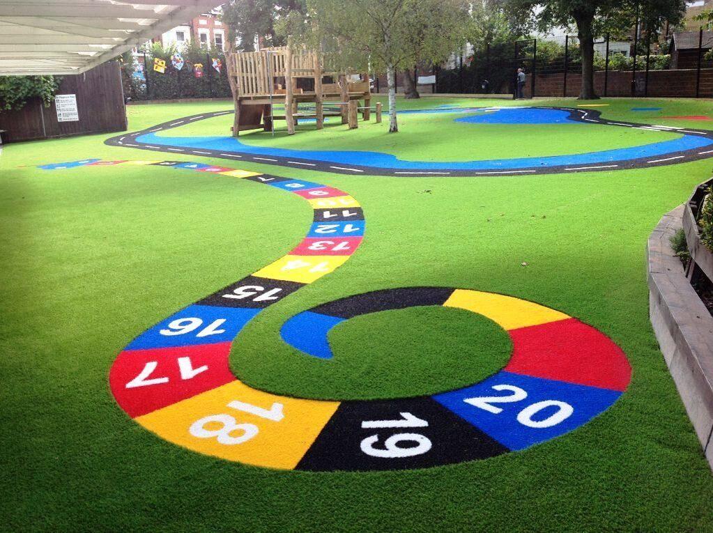 Детская площадка из цветной резиновой крошки